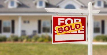 Estate agent sign board