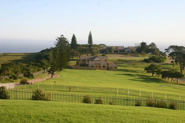 Priced at R15.95 million this two hectare property forms part of a 15 hectare private residential estate situated just five minutes outside Port Elizabeth. In prime position to enjoy spectacular views of the coastline and Indian Ocean, the home is designed and built in a contemporary South African farmhouse style
