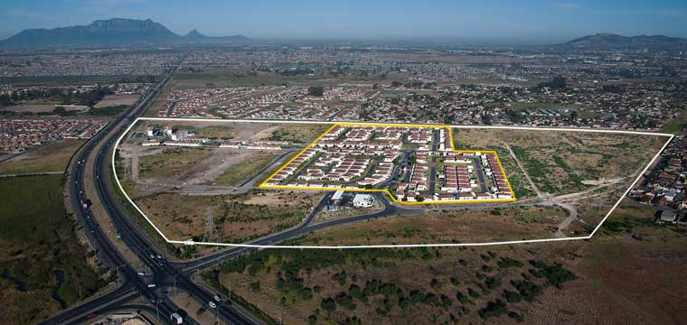 Aerial image of the Stellendale development in Kuils River, Cape Town (White line - boundary of complete site) Yellow line - completed development, Stellendale 1)