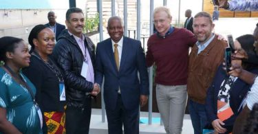 From left to right: Chairman of FirstRand, Roger Jardine, Executive Mayor, Councillor Herman Mashaba, FNB CEO Jacques Celliers and iMadiba Project - artist Erhardt Thiel.