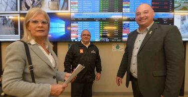 The City of Cape Town's Mayoral Committee Member for Economic Opportunities and Asset Management, Alderman James Vos and the Western Cape Economic Opportunities MEC Beverly Schafer today, 4 April 2019, went on a site visit to the Cape Town International Airport (CTIA) to touch base on future upgrades.